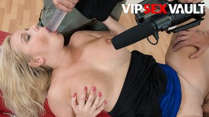 Exposed Casting – Bambi Bell Kinky Busty Big Ass Czech MILF Gets Her Pussy Fucked On Camera